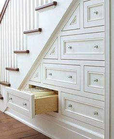 Hidden Stair Storage ~ wonderful idea for a small house. - new design ideas - Hidden Stair Storage ~ wonderful idea for a small house. Staircase Storage, Staircase Design, Stair Design, Stair Shelves, Attic Staircase, Under Staircase Ideas, Interior Staircase, Curved Staircase, Craftsman Staircase
