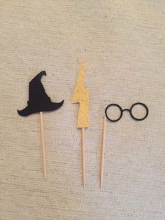 12 Harry Potter cupcake toppers. Birthday party, baby shower decorations. by PropsAndTops on Etsy https://www.etsy.com/listing/482408506/12-harry-potter-cupcake-toppers-birthday