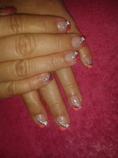 temp gel gold on top hot at the bottom How To Do Nails, Hot