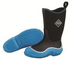 Muck Boot Company Youth Hale Blue/Black are waterproof boots which are designed for men and provides ample shock-absorption and cushioning. Muck Boot Company, Unique Gifts For Kids, Muck Boots, Stylish Boots, Kids Boots, Designer Boots, Boy Blue, Waterproof Boots, Outdoor Outfit
