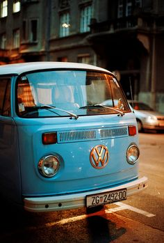 blue vw bus / van