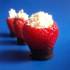 Strawberry Cheesecake Cups by LicktheSpoon