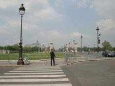 Tá vendo ali? Le Grand Palais