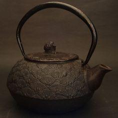 "Vintage Japanese Cast Iron Kettle called ""Tetsubin.""    This is NAMBU Tetsubin.    This pine motif is really Wow!!!    Pine (Japanese name: Matsu) is"