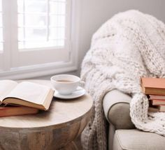 Impressive Tricks: Minimalist Decor Scandinavian Simple minimalist home bathroom modern.Minimalist Home Living Room Ceilings minimalist bedroom decor simple. Hygge Home, Up House, Cozy House, Minimalist Bedroom, Minimalist Decor, Minimalist Interior, Minimalist Living, Modern Minimalist, Minimalist Design