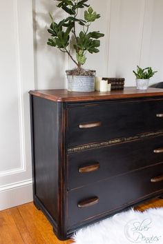 The Brackenbury Dresser / A Vintage Dresser Makeover for Under $50 / www.findingsilverpennies.com