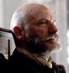 Dougal thinks hmmm Starz Series, Outlander Series, Outlander Characters, Graham Mctavish, Scottish Warrior, Grey Beards, Outlander Casting, Bald Men, Jamie And Claire
