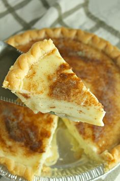 Old Fashioned Sugar Cream Pies Just Desserts, Delicious Desserts, Yummy Food, Sweet Desserts, Pie Dessert, Dessert Recipes, Cream Pie Recipes, Recipes Using Whipping Cream, Biscuits