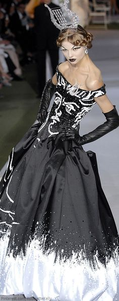 Christian Dior Haute Couture | Fall 2007