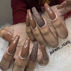 These are bomb!😩😍 I was actually thinking about getting my nails done with this colour! This must be a sign lol🙋🏻♀️ Brown Acrylic Nails, Best Acrylic Nails, Acrylic Nail Designs, Brown Nails, Acrylic Art, Uñas Color Cafe, Ghetto Nails, Fire Nails, Heart Nails