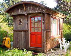 Oohhh!  Wouldn't caboose make a great tiny home!  This one has character.