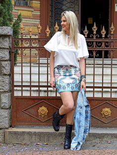 colcci_look_estampa_print_fashion_mood_look_do_dia_cade_meu_blush_blog_de_moda_jaqueta_jeans_saia_bota_coleção_verão_porto_alegre_loreal 11