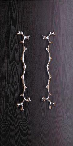 Coral - Cast aluminium sculptural handle - Philip Watts Design - Nottingham