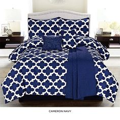 6-Piece Set: Contemporary Fall Comforter Collection with Matching Throw