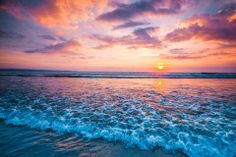 Beautiful Landscape Wallpaper, Beautiful Landscapes, Sunset Sky, Sunrise, Sunset Images, Travel Tags, Ocean Waves, Beautiful Sunset, Beach Themes