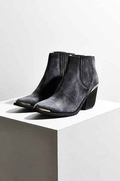 Jeffrey Campbell Rawlins Western Chelsea Boot - Urban Outfitters