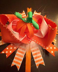 Pumpkin hairbow 🎀 🎃