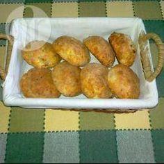 Poolse broodjes met spek en kaas