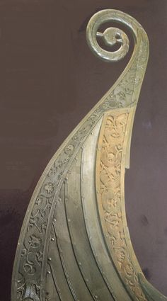 The restored prow of the Oseberg ship shows intricate carving. (Saga of the Norsemen: Viking and German Myth; Loren Auerbach & Jacqueline Simpson; London 1997, pg 21)