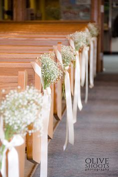 Pew Bow Decoration baby's breath – simple, elegant, beautiful, rustic, soft colo… - Decoration Home Church Wedding Decorations Rustic, Simple Church Wedding, Wedding Church Aisle, Wedding Pews, Wedding Ceremony Ideas, Simple Elegant Wedding, Ceremony Decorations, Rustic Wedding, Chapel Wedding