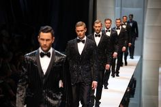 The Spring 2010 Dolce & Gabbana show is pure fashion porn