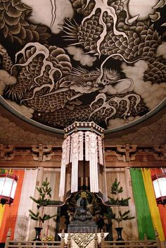 The dragon painted on the ceiling of the Hatto, Kencho-ji Zen temple in Kamakura, Kanagawa , Japan