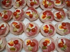 Czech Recipes, Ethnic Recipes, Seafood Dishes, Tasty Dishes, Nutella, Tapas, Catering, Sushi, Spices