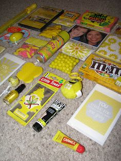 Box of sunshine.Will need to do this for anyone who is having a tough time. box of sunshine ideas. Craft Gifts, Diy Gifts, Cute Gifts, Best Gifts, Holiday Gifts, Christmas Gifts, Box Of Sunshine, Mellow Yellow, Creative Gifts