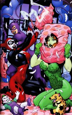 Gotham City Sirens' Halloween Party!!