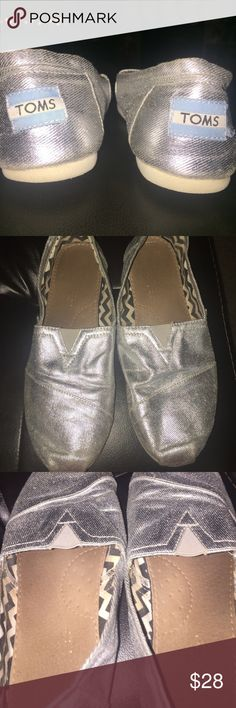 metallic TOMS metallic silver Tom, flat shoe, Y4 , Good condition! TOMS Shoes Flats & Loafers