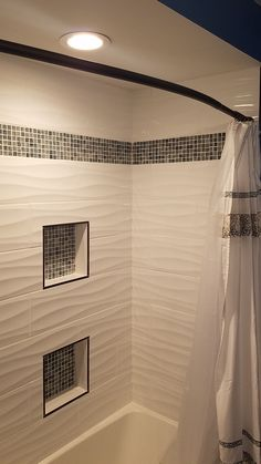 Great looking tile details I the shower area. Great looking tile details I the shower area. Tile Around Bathtub, Laundry Closet Makeover, Kid Bathroom Decor, Tub Shower Combo, Shower Remodel, Interior Modern, Bathroom Renovations, Vanity Backsplash, Bath Tiles