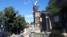 Vyšehrad  - pomník na hřbitově.