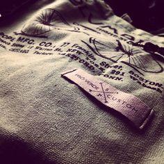 Não há nada mais prazeroso do que contemplar ideias, saindo do papel. #love #ecobag #bag #woman #style #vintage #fashion #moda #custom