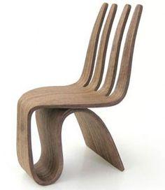 Um restaurante com cadeiras assim.... imageins só!!! Seniora Fork Chair by Ignacio Ruiz Gutierrez H.