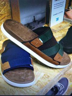 Mens Flip Flops, Flip Flop Shoes, Men Sandals, Leather Sandals, Slipper Sandals, Shoe Pattern, Bow Ties, Sandro, Low Heels