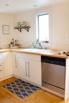 """Meredith & Michael's 18th Century Kitchen Gets a """"Put-Together Feeling"""" — Makeover 
