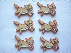 Lot de 6 embellissements chats en bois du jaune, rouge et blanc. : Embellissements par laboiteabijouxnanny