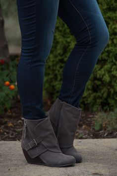The Cate Boot - Gray