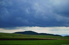 10 Tipos de Nuvens | Toca da Cotia - Stratus, são as mais próximas do chão,  e  pode ser a causa de um nevoeiro