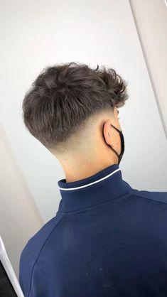 Wavy Hair Men, Curly Hair Cuts, Medium Hair Cuts, Short Hair Cuts, Short Hair Styles, Hair Fades For Men, Fade Haircut Curly Hair, 50 Hair, Mens Hairstyles Fade