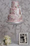 Rachelles Beautiful Bespoke Cakes/ Sexual Perfume