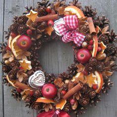 Věneček s pomeranči, skořicí a jablíčky & Zboží prodejce Silene Handmade Christmas Decorations, Xmas Decorations, Flower Decorations, Christmas Wreaths, Christmas Crafts, Autumn Wreaths, Holiday, Shabby Chic, Diy And Crafts