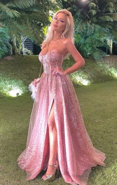 Gorgeous Sweetheart pink ball gown evening dress,prom dress - Lilly is Love Dresses Elegant, Pretty Prom Dresses, Beautiful Dresses, Formal Dresses, Ball Gowns Evening, Evening Dresses, Dance Dresses, Ball Dresses, Pink Ball Gowns