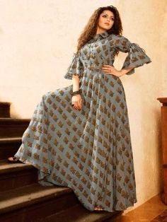 for this Tailer fit designer wear Indian Gowns, Pakistani Dresses, Indian Outfits, Kurta Designs, Blouse Designs, Mode Hijab, Indian Designer Wear, African Dress, Dress Patterns