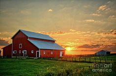 Red Barn Sunrise by Bonfire #Photography