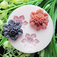 Tre Cell Flower Silicone Mold Fondant Forme Sugar Craft Tools Resin blomster Mould forme til kager – DKK kr. 38