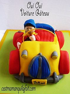 We just love Noddy!  This Noddy Birthday party cake is so cute!