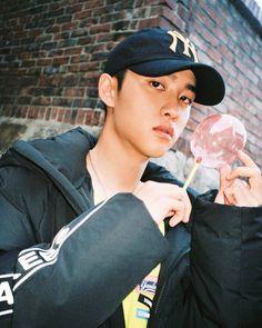 d.o aesthetic. d.o icons. d.o aesthetic icons. d.o exo aesthetic. d.o dark icons. Kyungsoo, Chanyeol, Exo Korean, Korean Boy, Exo Ot12, Kaisoo, Two Worlds, Exo Lockscreen, Kim Minseok