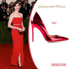 Anne Hathaway in Gianvito Rossi Metallic Red Patent Leather Rebel Pumps - ShoeRazzi
