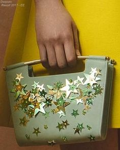 Thriftcycled Purse Refashion With Glittered Stars Envelope Clutch, Clutch Wallet, Fashion 2017, Fashion Bags, Hand Bags 2017, Betty Draper, Creative Bag, Best Bags, Delpozo